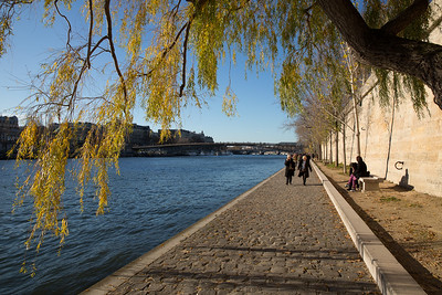 Along the Seine on a sunny Sunday afternoon