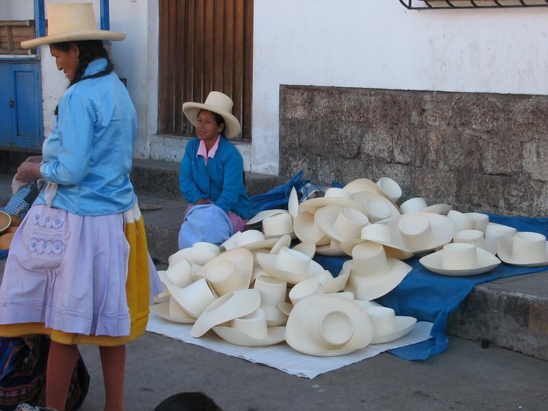 Every region has its own hat (Peru 2009 Caraz (2290m))