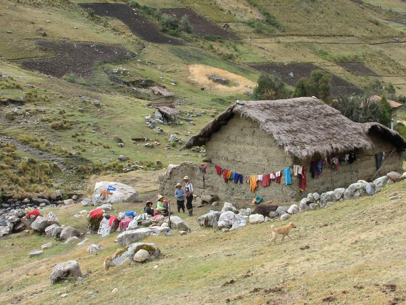 Family life (Peru 2009, Cordillera Blanca)