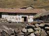 nice decorated housewalls (Peru 2009, Pacchanta 4300m - Tinqui 3900m. Nevado Ausangate)