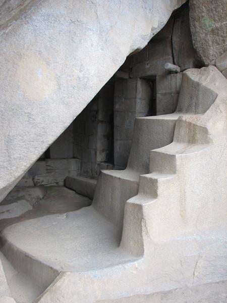 temple of the condor (Peru 2009, Machu Picchu 2430m.)