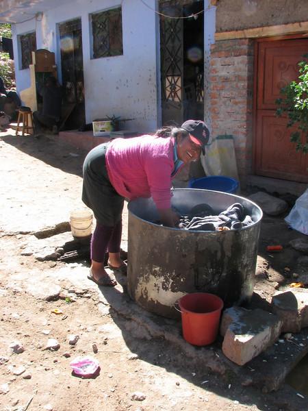 Washing in hot water (Peru 2009, Cordillera Blanca)