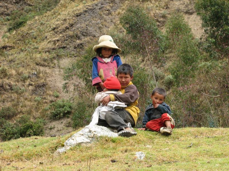Children (Peru 2009, Cordillera Blanca)