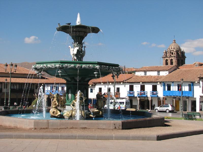 fountain on the Plaza de Armas (Peru 2009, Cusco 3360m.)