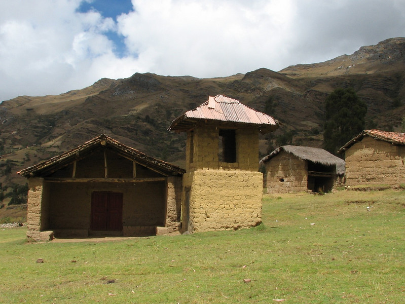 A church in the mountains (Peru 2009, Cordillera Blanca)