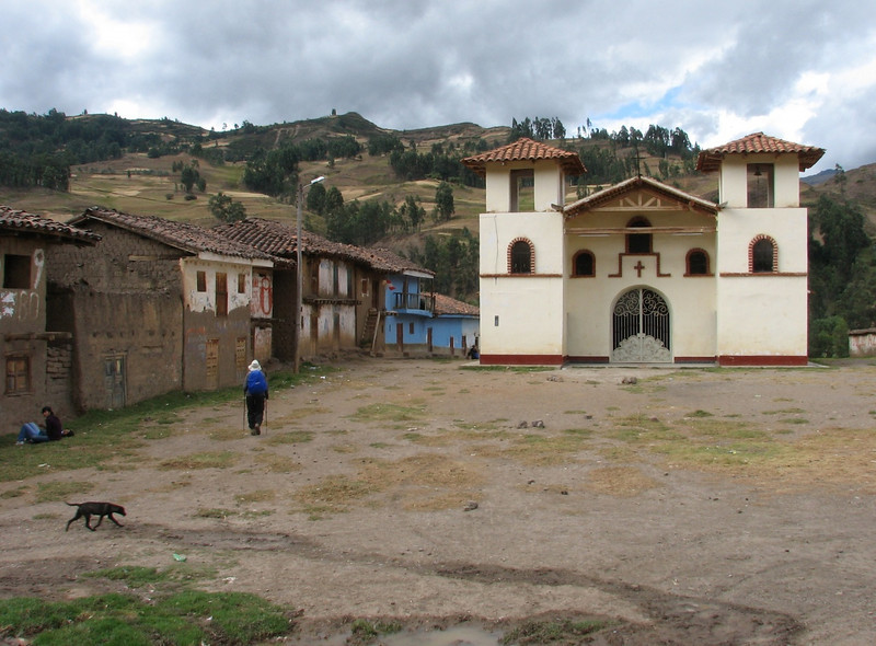 The church of Pomabamba (2950m) (Peru 2009, Pomabamba, Cordillera Blanca)