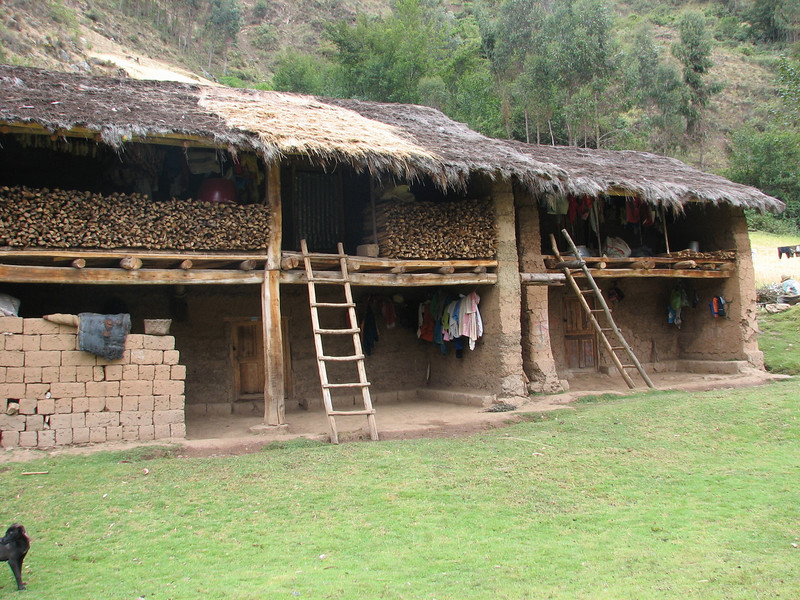 A typical Andean farmhouse (Peru 2009, Cordillera Blanca)
