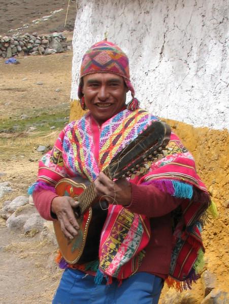Peruvian musician (Peru 2009, Nevado Ausangate)