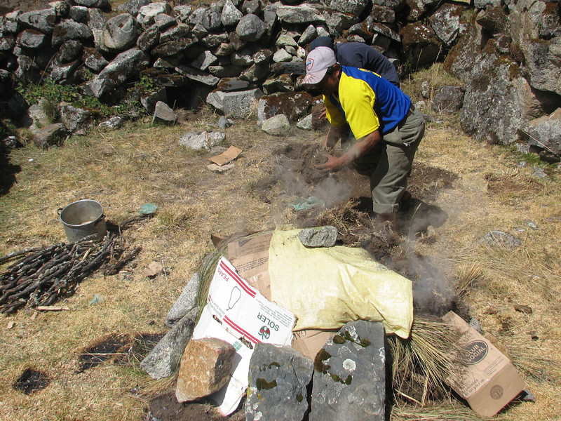 Pacchamanca, protect the border stones, phase 10 (Peru 2009, Cordillera Blanca)