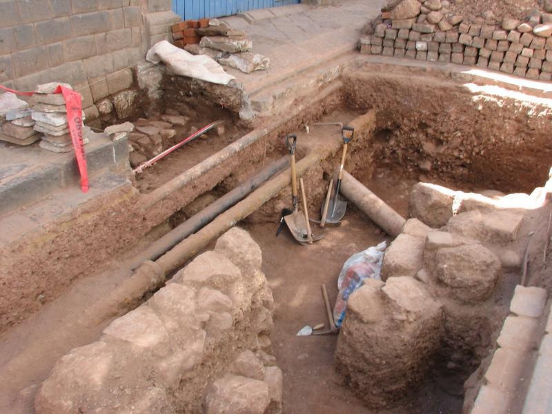 Archaeological sites of Inca foundations (Peru 2009, Cusco 3360m. )