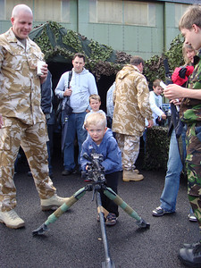 (DSC-T70; 05/07/2008; 1/125 at f/3.5; ISO 100; white balance: Auto; focal length: 6.3 mm)