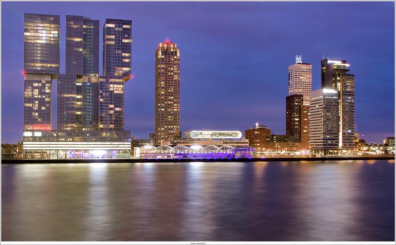 Rotterdam, NL<br /> Nightshot (3shots HDR)