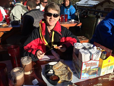 After checking in to our B&B in Minturn, we head into Vail to rent our skis, get our ski passes for the week, and enjoy the sunshine while we have a late lunch (or early dinner) at the bottom of the ski slope.