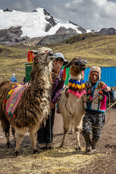 Susan and Friends near Vinicunca