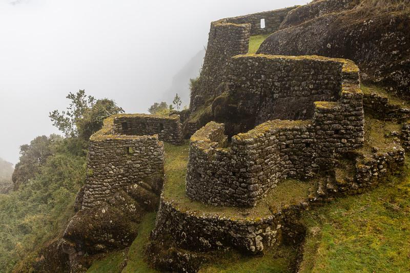 Phuyupatamarca ruins