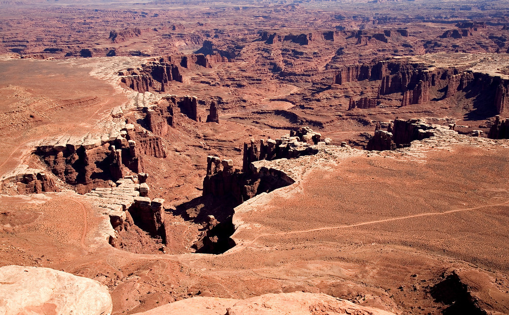 White cliff area in Canyonlands
