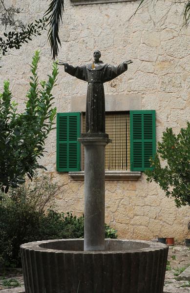 Franciscus van Assisi, Monastery= Santuaria de Nostra Saintyora de Cura, Puig de Randa 542m, NE of Llucmajor