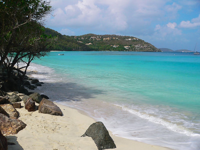 Cinnamon Bay and beach