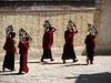 buddhistic monks with tea (Zhashenlunbuk monastery)