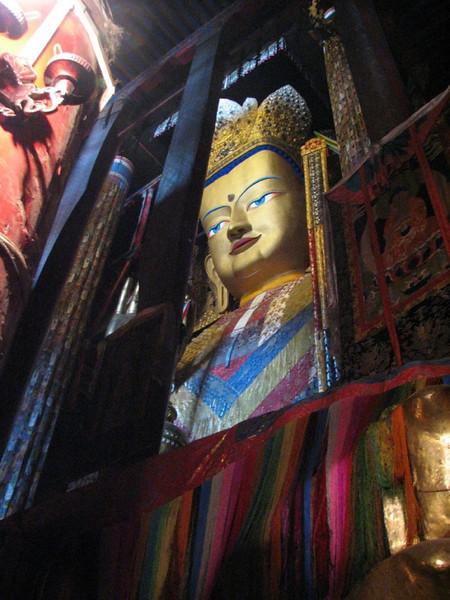 25m. heigh Buddha (Zhashenlunbuk monastery)