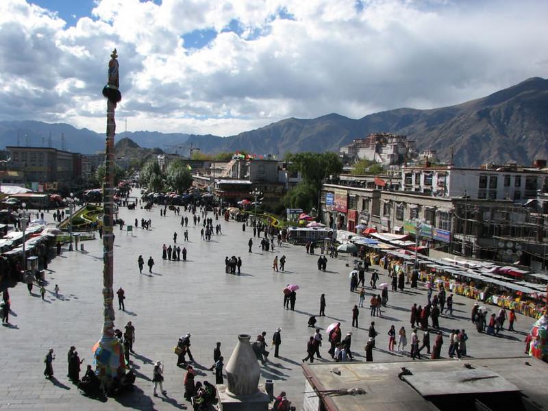 square Jokhang temple,  Lhasa centre