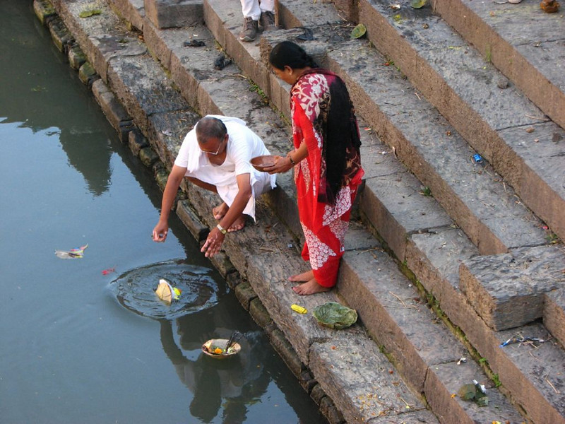 offering (the holy Bagmati river )