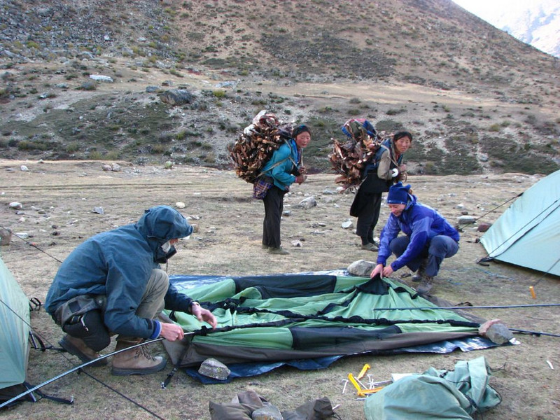 collecting wood and set up a tent (Kartha valley)