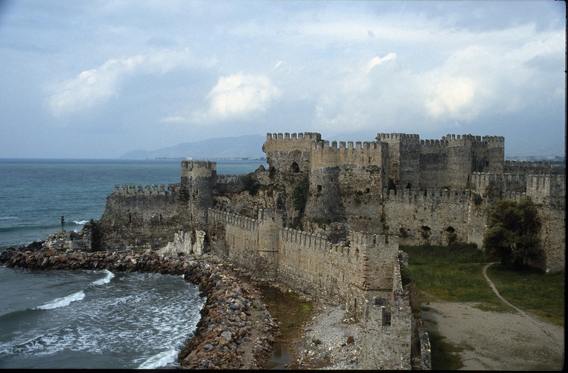 castle of Anamur (South coast)