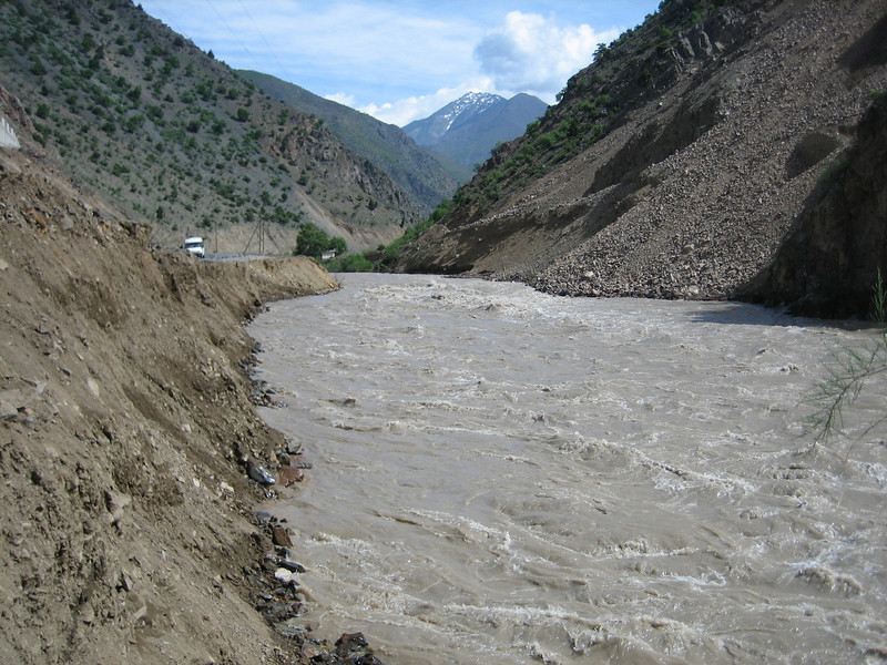 road blockade, overflowed river near Artvin (river flood)