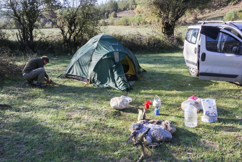 Camp near Tol