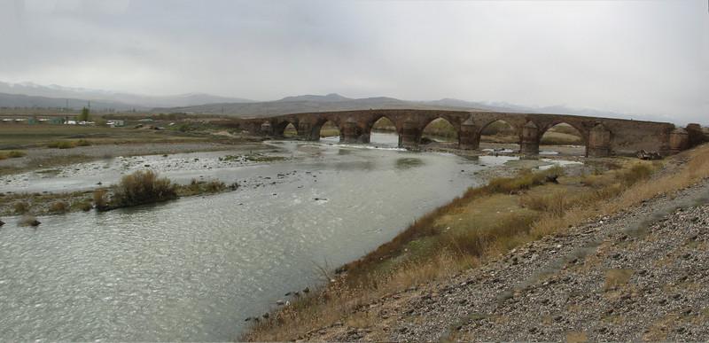 Bridge over the Karasu river near Tercan (Tercan-Askale)