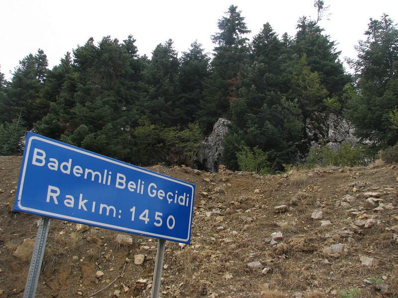 Bademli Beli Gecidi, altitude pass  1450m habitat of Crocus asumaniae