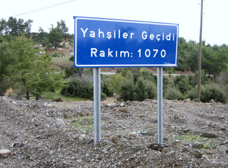 Gecidi=pass, between Babadağ and Tavas