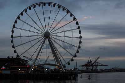 Seattle Ferris Wheel at dusk,