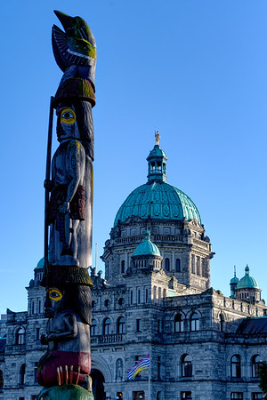 The BC Legislature in Victoria. Because I tend not to dwell on doings of dolts I lost sight of the pertinent fact that the capital of British Columbia is on an island. Actually, it explains a lot. Island dwellers, as I have noted before, are demonstrably nuttier than mainlanders. Coastal people, especially in North Ameria, are demonstrably crazier than inlanders. When you add insular island idiocy to coastal crazy the longstanding bat shit insanity of BC politics makes sense.