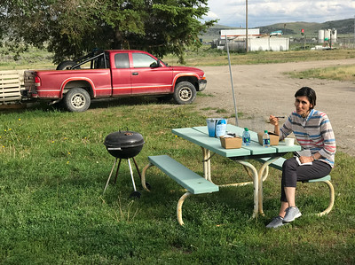 I was planning on driving nonstop from Las Vegas to Boise but we were late getting out of Vegas so we stopped at Wells.  Mali found a nice little inexpensive quiet motel that was off the highway.  It even had a picnic table.