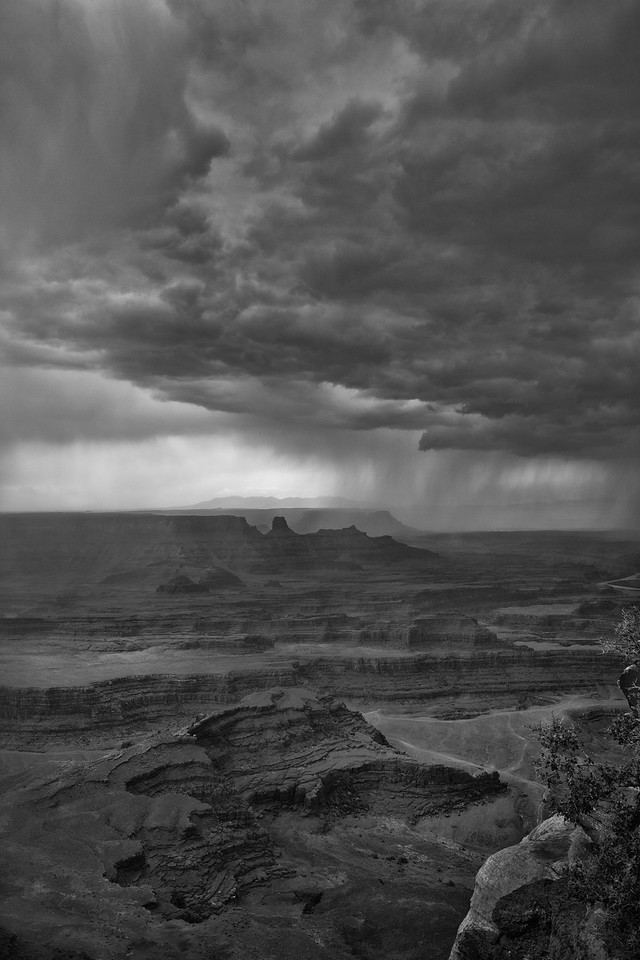 Rain at Dead Horse Point