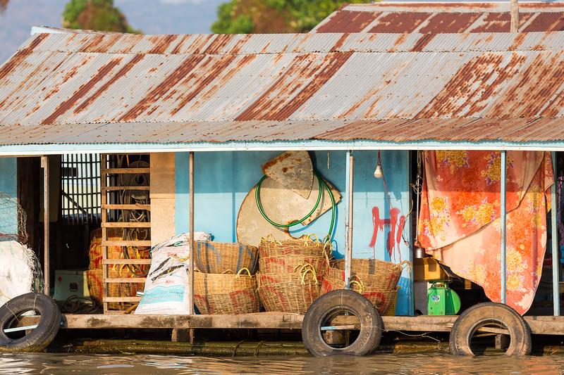 Floating vilages on the Tonle Sap River