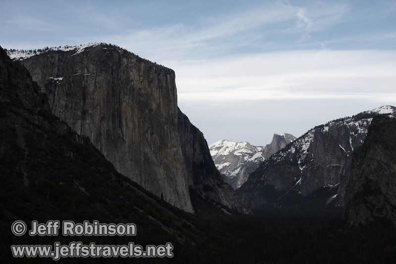 El Capitan (left) and Half Dome (right). Seen from Tunnel View. (3/28/10, Yosemite NP)