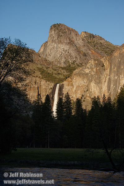 Late sun on Bridalveil Fall below the Cathedral Rocks) with the Merced River in the foreground. Seen from the Valley View turnout on Northside Drive (5/15/2010, Yosemite NP)<br /> EF-S17-85mm f/4-5.6 IS USM @ 41mm f8 1/200s ISO160