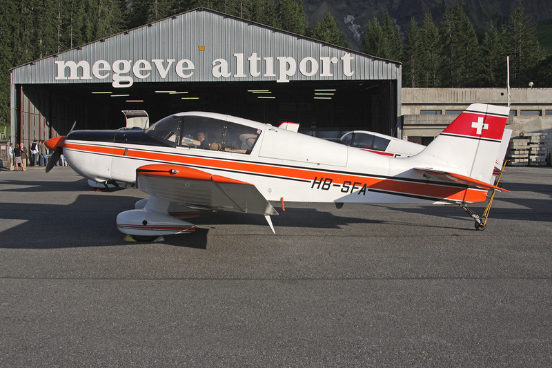 HB-SFA SAN Jodel D.140E Mousquetaire IV c/n 187 Megeve/LFHM/MVV 04-07-08