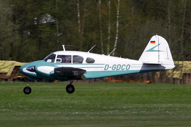 D-GDCO Piper PA-23-160 Apache c/n 23-1800 Friedrichshafen/EDNY/FDH 20-04-12