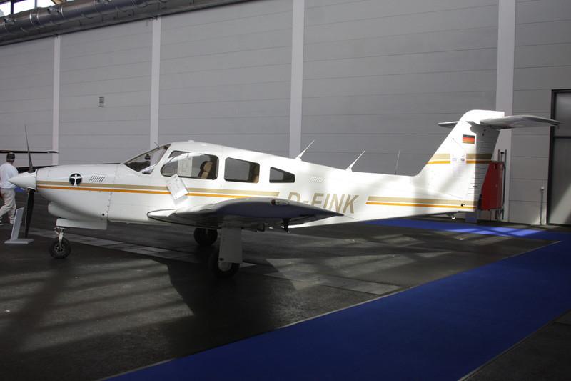 D-EINK Piper PA-28RT-201T Turbo Arrow IV c/n 28R-8331034 Friedrichshafen/EDNY/FDH 19-04-12