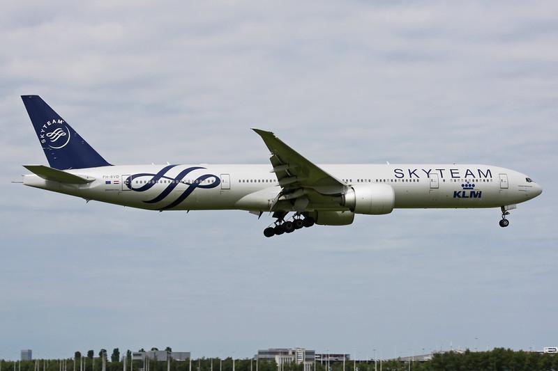 "PH-BVD Boeing 777-306ER c/n 35979 Amsterdam/EHAM/AMS 21-06-14 ""Skyteam"""