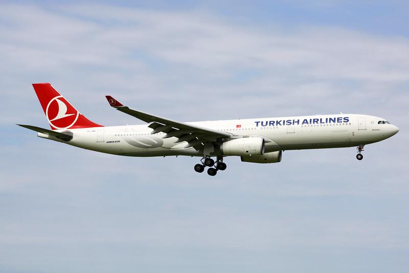 TC-JNN Airbus A330-343E c/n 1228 Amsterdam/EHAM/AMS 21-06-14