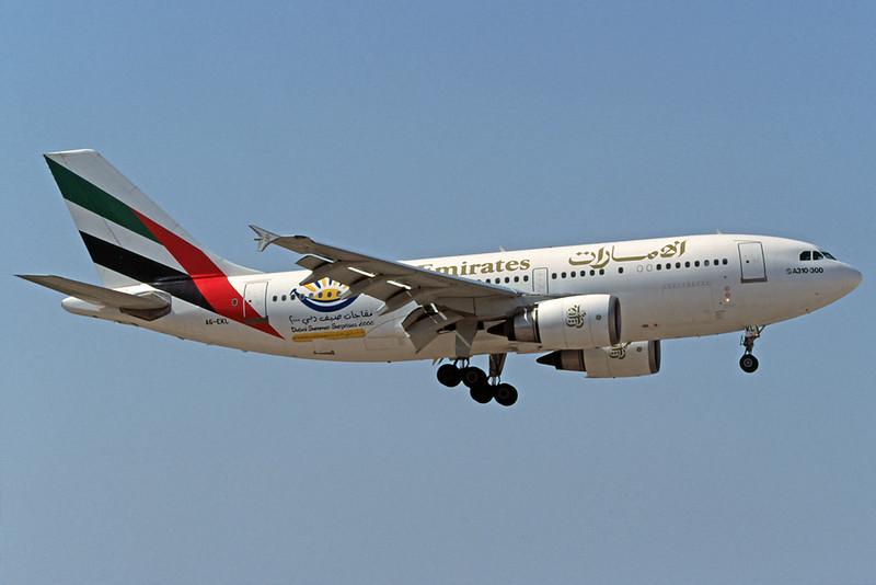 """A6-EKL Airbus A310-308 c/n 667 Athens-Hellenikon/LGAT/ATH 22-09-00 """"Dubai Summer Surprises 2000"""" (35mm slide)"""