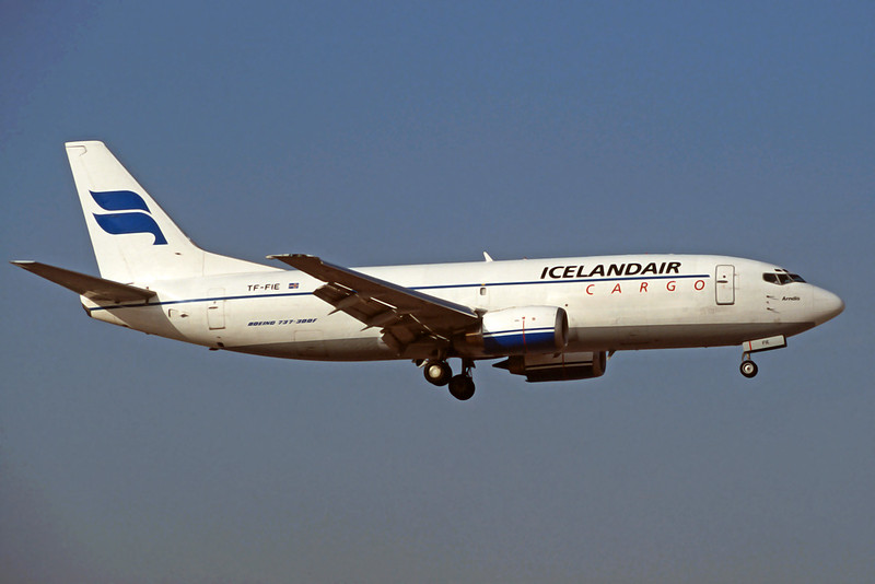 TF-FIE Boeing 737-3S3F c/n 23811 Athens-Hellenikon/LGAT/ATH 22-09-00 (35mm slide)