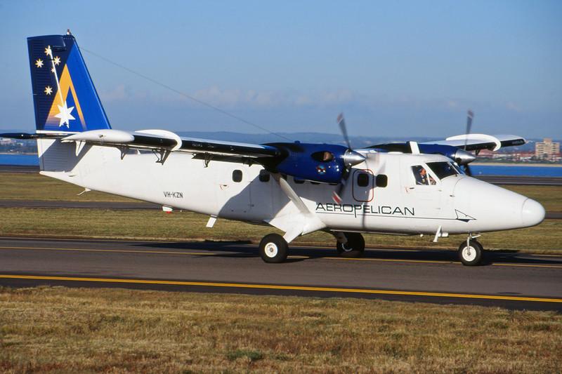 """VH-KZN de Havilland Canada DHC-6-300 Twin Otter """"Aeropelican Air Services"""" c/n 652 Sydney-Kingsford Smith/YSSY/SYD 02-05-09 (35mm slide)"""