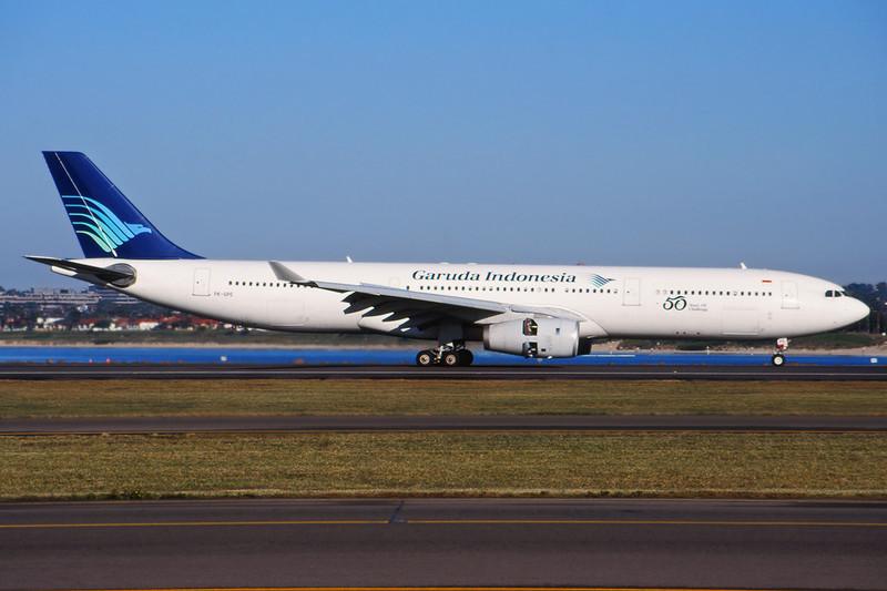 """PK-GPE Airbus A330-341 """"Garuda Indonesia"""" c/n 148 Sydney-Kingsford Smith/YSSY/SYD 02-05-99 (35mm slide)"""