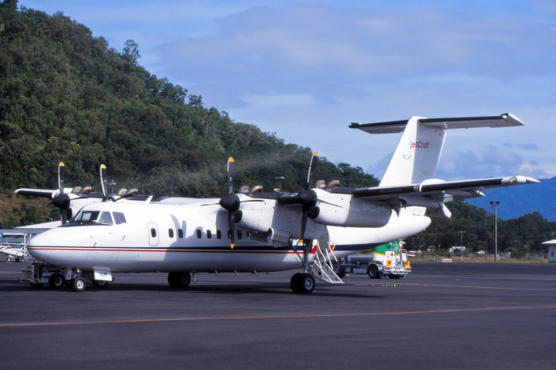 "VH-UUM de Havilland Canada DHC-7-102 ""Jetcraft Aviation"" c/n 43 Cairns/YBCS/CNS (35mm slide)"